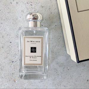 🌻 JO MALONE Nectarine Blossom & Honey 3.4 oz